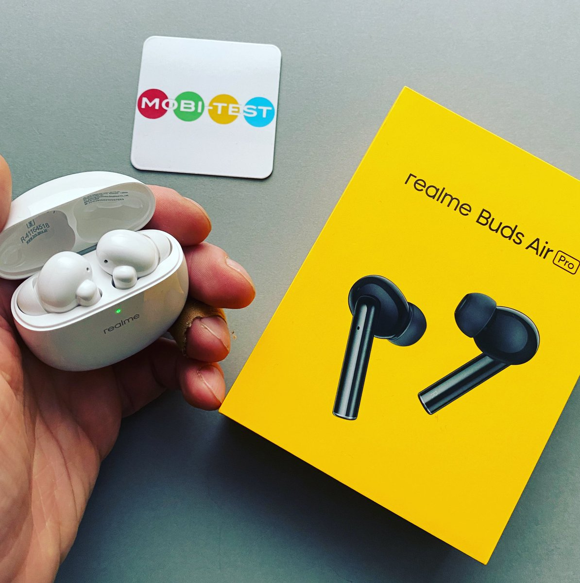 Frisch eingetroffen für den Test sind jetzt auch die realme Buds Air Pro   #Test #Review #Technik #News #Smartwatch #Smartphones #Gadgets #Xiaomi #Werbung #Podcast #realme #realmebudsairpro @realme_Germany