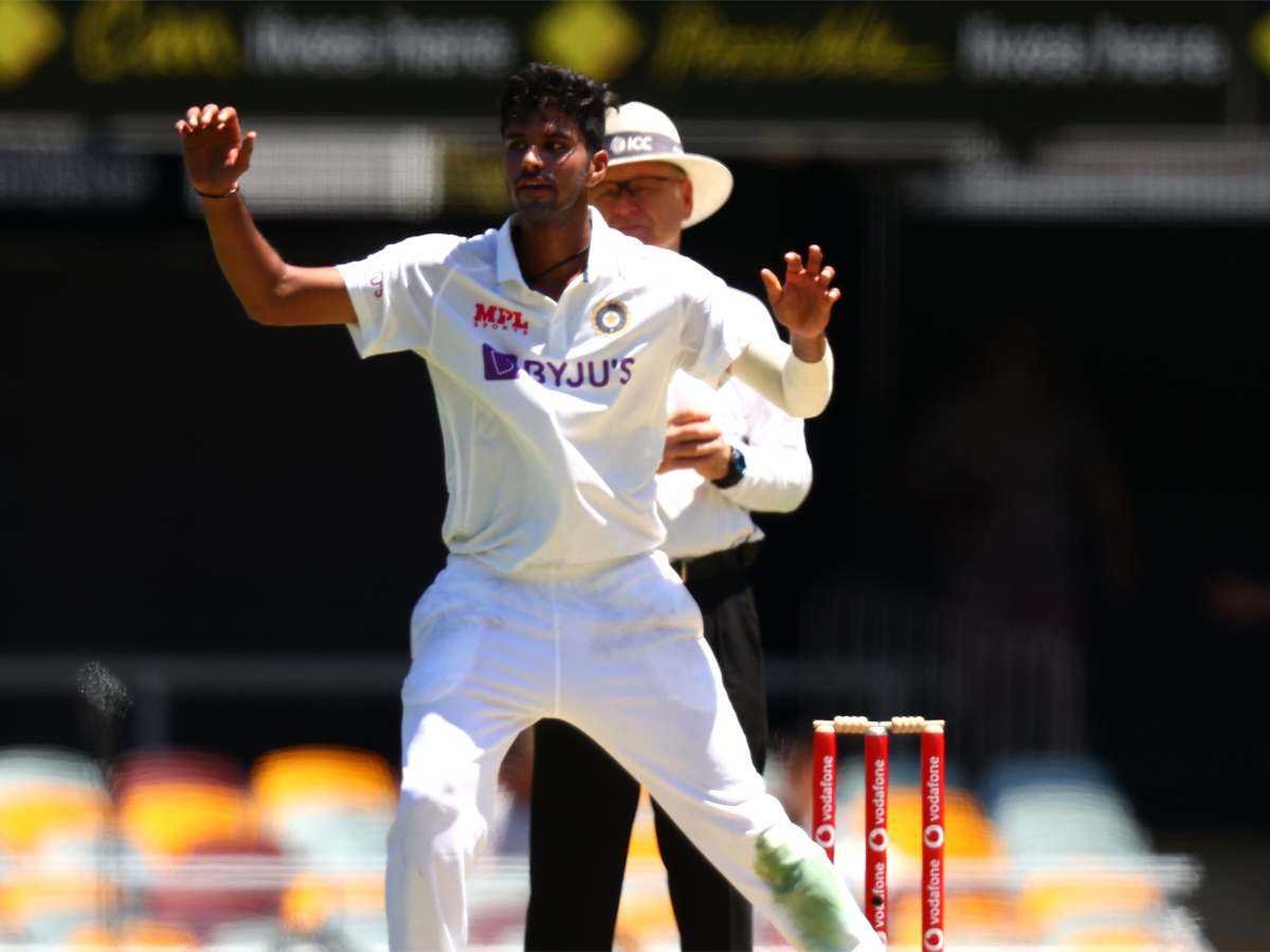 #INDvsAUS #BrisbaneTest   My skills with red ball are good and I am ready to bowl even 40-50 overs: @Sundarwashi5   READ: