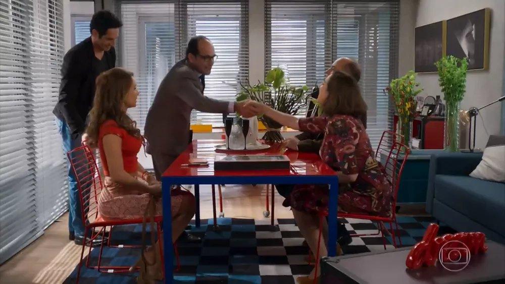 Tancinha e Francesca contam com Beto e Rodrigo para abrir cantina em frente ao Grand Bazzar 👉 #HajaCoração