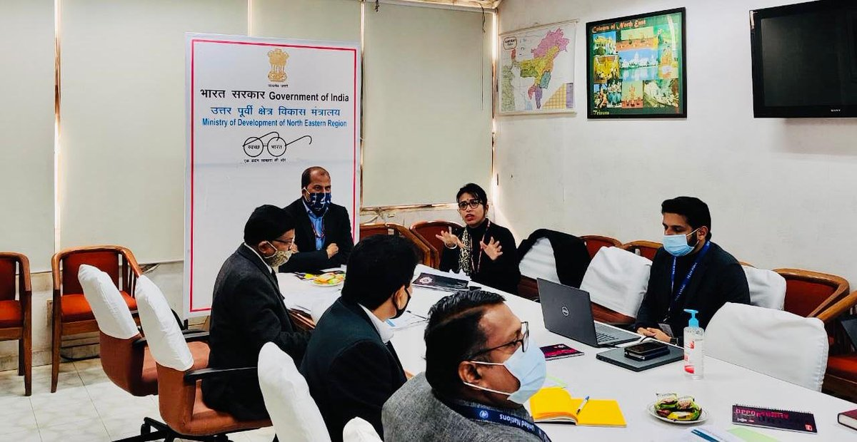 .@MDoNER_India & @NITIAayog, in association with @UNDP_India, are preparing North-East region's first-ever SDG Index for 100+ districts across 8 States.   Spl. Secy Indevar Pandey & @SanyuktaSam1 held the first meeting on this new partnership for #GlobalGoals. #DecadeofAction