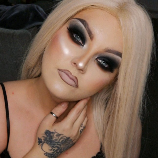@JeffreeStar cremated palette  #makeup #beauty #makeupartist #fashion #mua #love #makeuptutorial #like #photography #beautiful #instagood #follow #model #style #instagram #girl #photooftheday #art #makeuplover #skincare #cute #selfie #jeffreestar