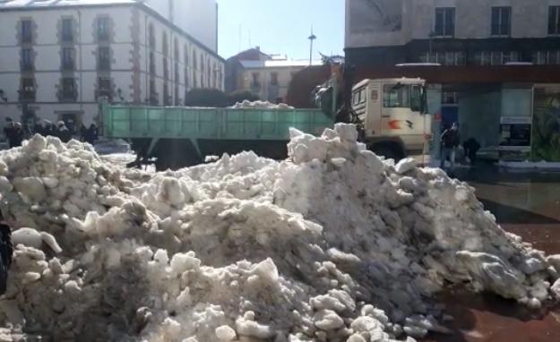 #VIDEO Montañas de nieve en Soria #nieve #filomena #borrasca #soria @ayto_soria