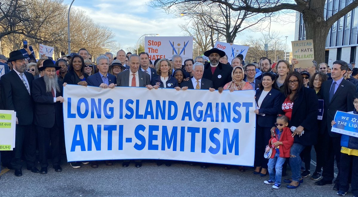 One year ago this week, thousands of Nassau residents of all faiths came together to march against Anti-Semitism.  We must continue to confront Anti-Semitism and all forms of bigotry in 2021 so they never find comfort in our communities. https://t.co/FJemRnsFLe