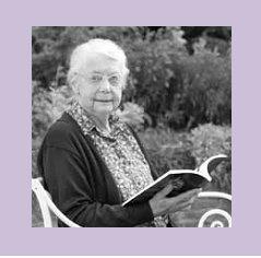 Parlem d'una #dona #STEM  Ethel Eva Widdowson (1912 - 2007), coneguda com Eva Crane, fou una matemàtica britànica que va estudiar sobre el comportament de les abelles i la síntesi de la mel i va recopilar dades de la història de l'apicultura
