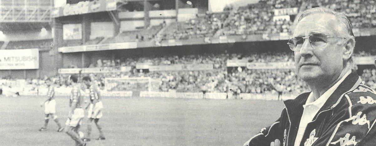 El @RealBetis lamenta la muerte de Vicente Cantatore, entrenador del Real Betis en la temporada 1998/99. Descanse en paz.  ➡️