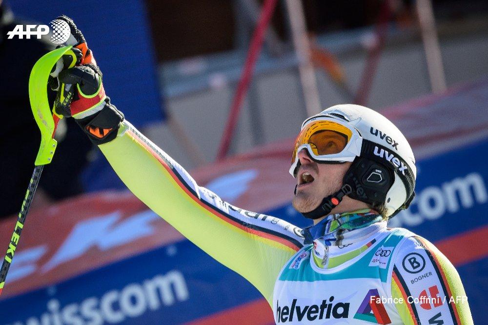 Sport heute: Linus Straßer gehört beim Slalom in Flachau zu den Mitfavoriten. Verdient hat er sich diese Rolle durch seinen ersten Karrieresieg in Zagreb sowie dem folgenden zweiten Rang in Adelboden. Unsere komplette Terminübersicht gibt's hier: https://t.co/m1wDXLQkUz https://t.co/BLH2rHvSqa