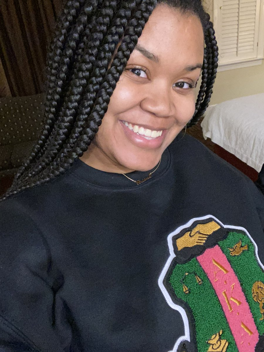 Our beautiful chapter member Briana is celebrating Founders' Day by wearing an AKA sweatshirt! 💗💚  #aka1908 #aka113 #akafoundersday #xixiomega #alphakappaalpha