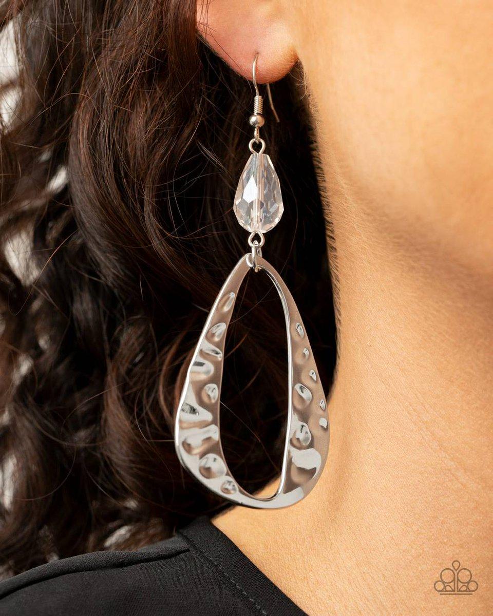 Silver banged out metal #blackbusiness #blackgirlmagic #birthday #prom #celebration #realestate #nailsalon #beauty #beautysalon #entrepreneur #qgtm #tashamac #ladymac