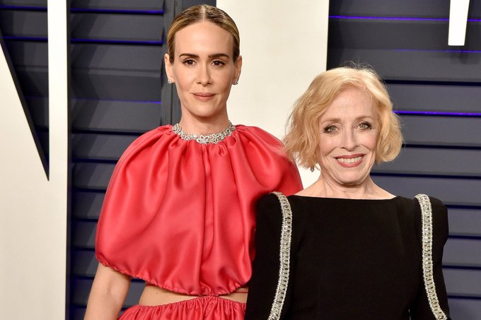 Sarah Paulson wishes \perfect\ girlfriend Holland Taylor a happy birthday