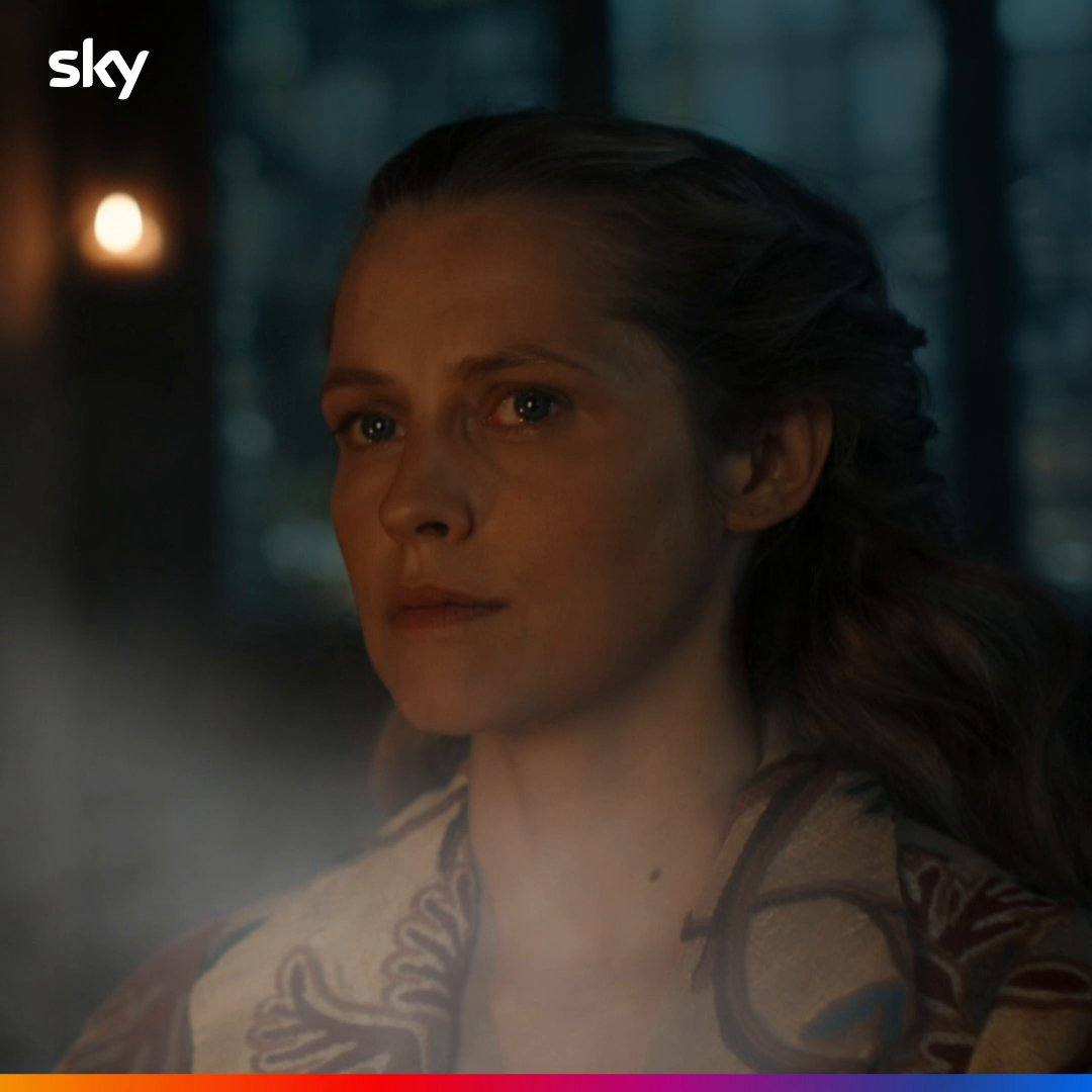 We can almost smell the 1590 streets... 🍃   #ADiscoveryOfWitches tonight, 9pm on Sky One.