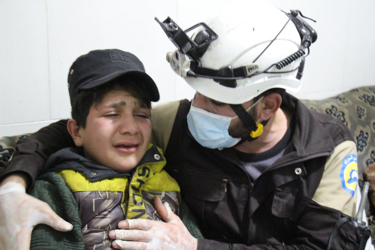 Yesterday, Ahmed Badaoui was spending the afternoon with his family when Assad's missiles targeted his home in #Ariha, southern #Idlib. The 13-year-old boy was rushed to hospital with his mother, who died from her injuries. His father too lost his life under the rubble. 1/4