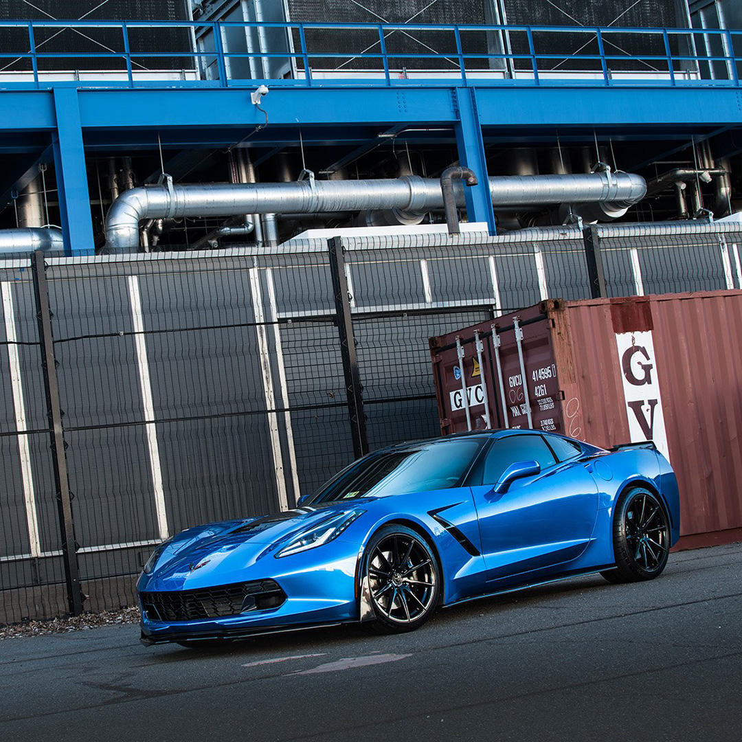 Chevy #Corvette on Vertini #wheels takes adrenaline to new heights. #caridmodifiedcars https://t.co/DbTlRMOQSL