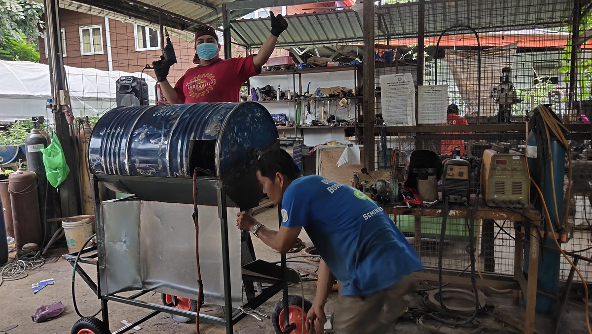 Keeping myself busy during this #MCO2 .. Fabricating a paddy tresher for farmers in Tenghilan. This machine can help reduce hard work of treshing the rice after harversting. A little mechanisation can help lots of farmers in rural areas #TerusBekhidmat