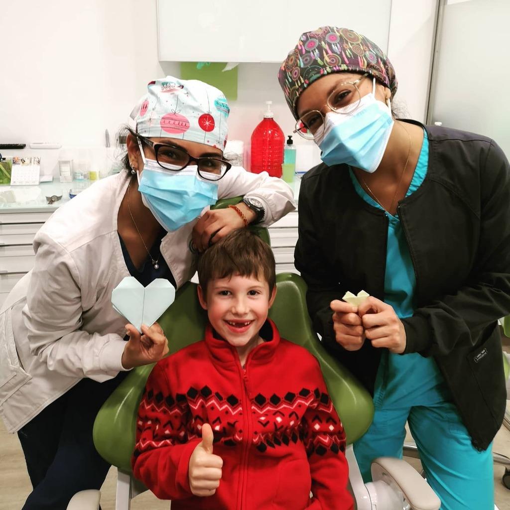 Por detalles así queremos tanto a nuestros pacientes! Es que nos entregan su corazón y eso nos llena de ilusión!  #dental #dentista #santcugat #odontologia #dentistry #dentist #odontologos #odontopediatra #saludbucal #orthodontics #ortodoncia #smile #smi…