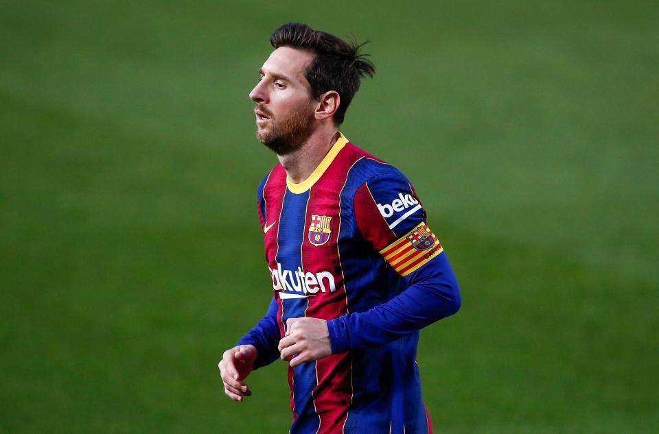 #Messi no hizo parte de la sesión de recuperación del día de hoy, trabajó en solitario, siguiendo el plan de recuperación tras la molestia que sintió en los isquiotibiales de la pierna izquierda, Leo será convocado pero hasta ultima hora se sabrá si jugará o no. @mundodeportivo