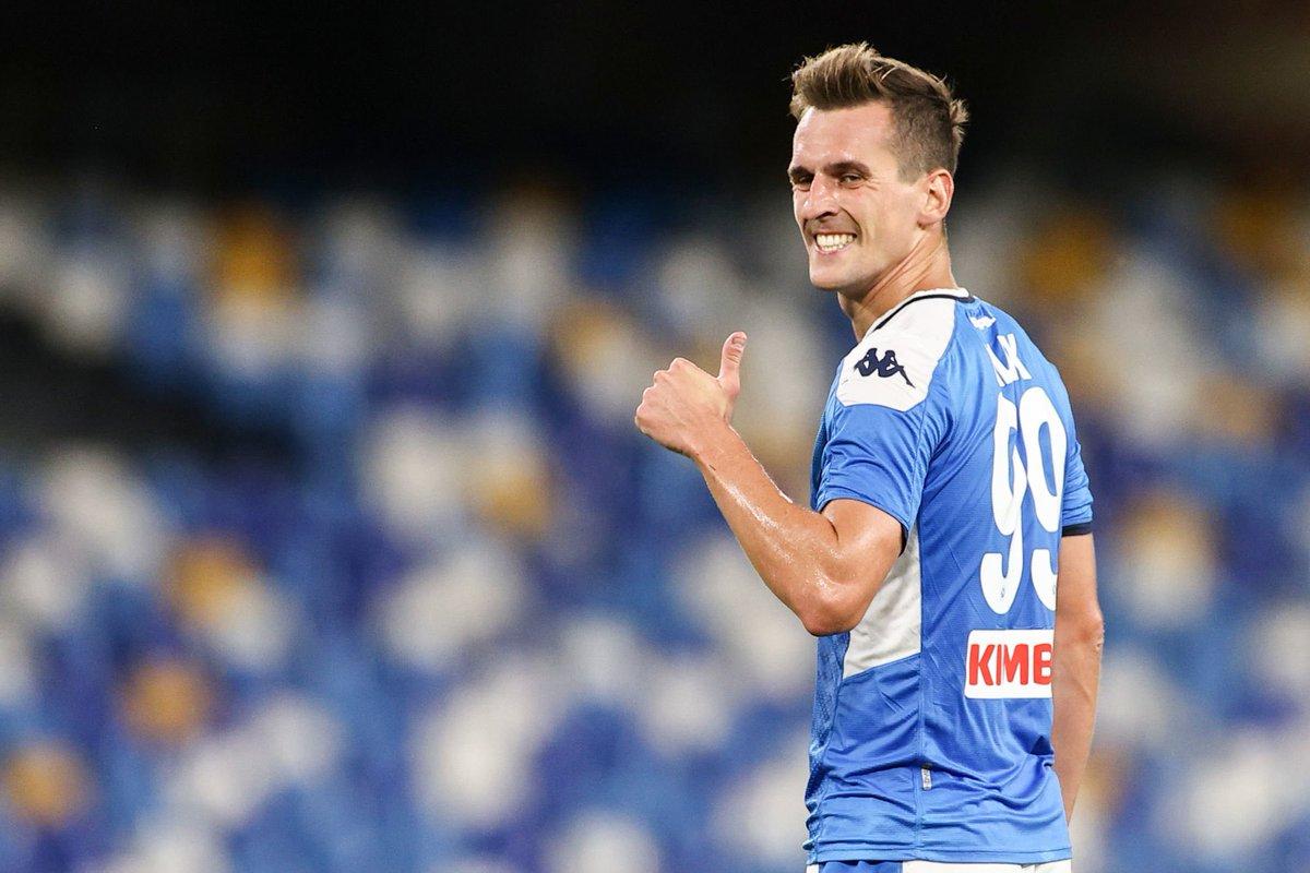 🔴 L'OM est tombé d'accord avec Arkadiusz Milik !  Marseille a fait une offre de 7 M€ au Napoli mais celle-ci devrait être repoussée.  Les deux clubs continuent de négocier.  (@mohamedbouhafsi)