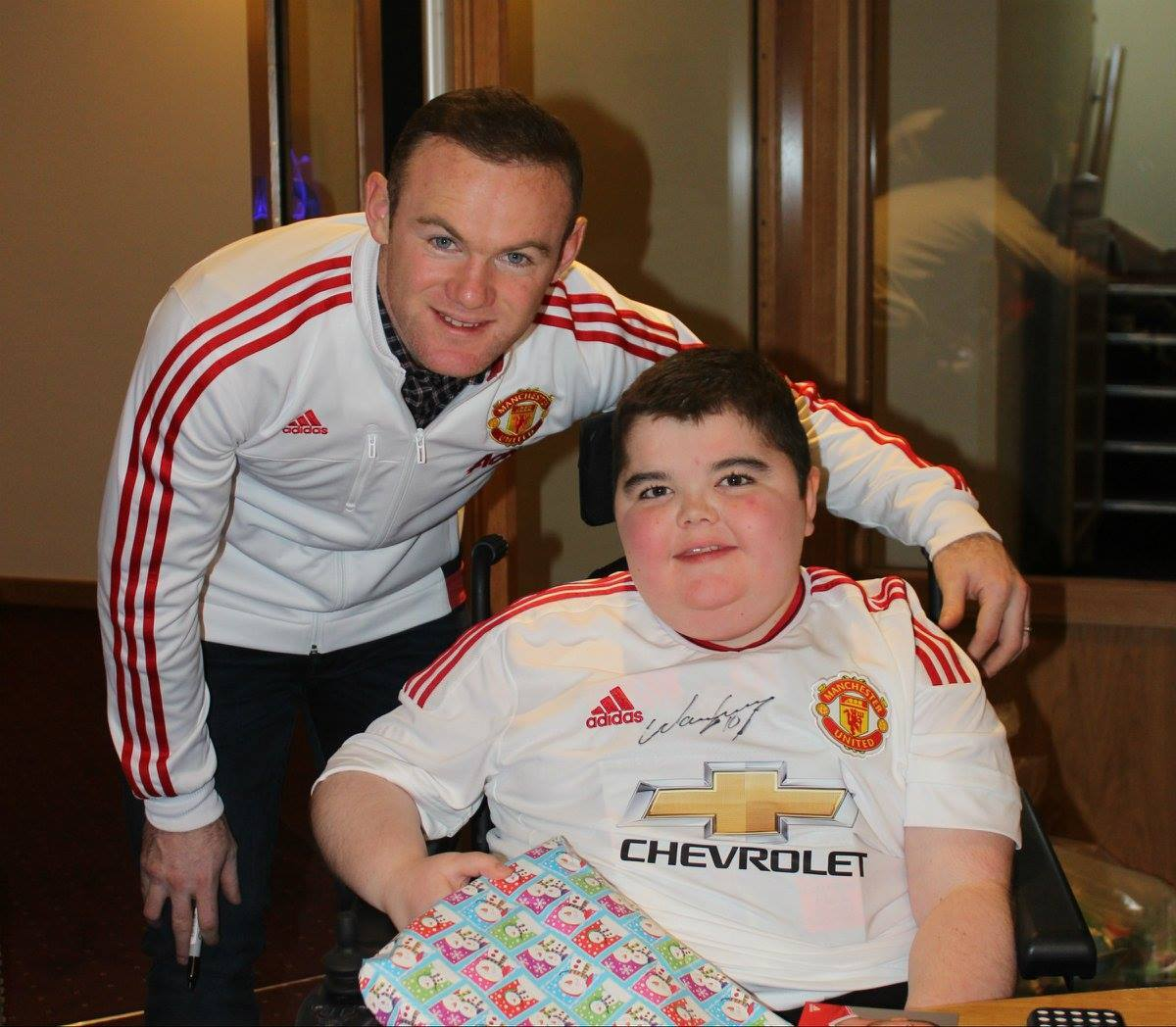 All the best in your retirement @waynerooney, and congratulations on your new appointment as @dcfcofficial manager 👏⚽  Thank you for being a longstanding supporter of the Foundation 🔴