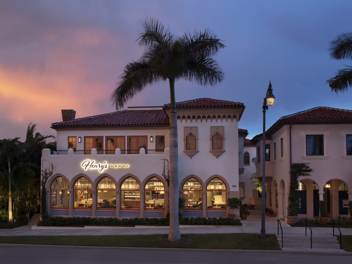 Looking to order dinner & support the community? Join Henry's Palm Beach and Echo for Eat In For Education with @FRLAnews on January 20 & 21. Enjoy a takeout, three-course dinner for two with a bottle of wine for $100. Learn more and buy your tickets at https://t.co/onzYSFk7u9 https://t.co/Lx8cGwFlgn