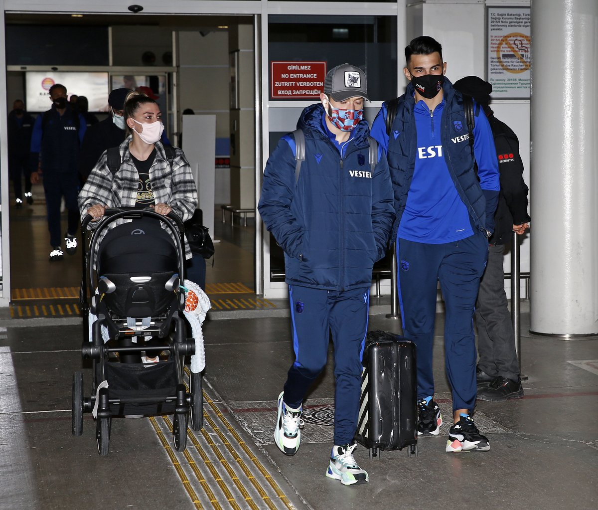 Süper Lig'in 19. haftasında deplasmanda Antalyaspor ile karşılaşacak olan takımımız Türk Havayolları'na ait özel bir uçakla Antalya'ya gitti.   Detaylar👉