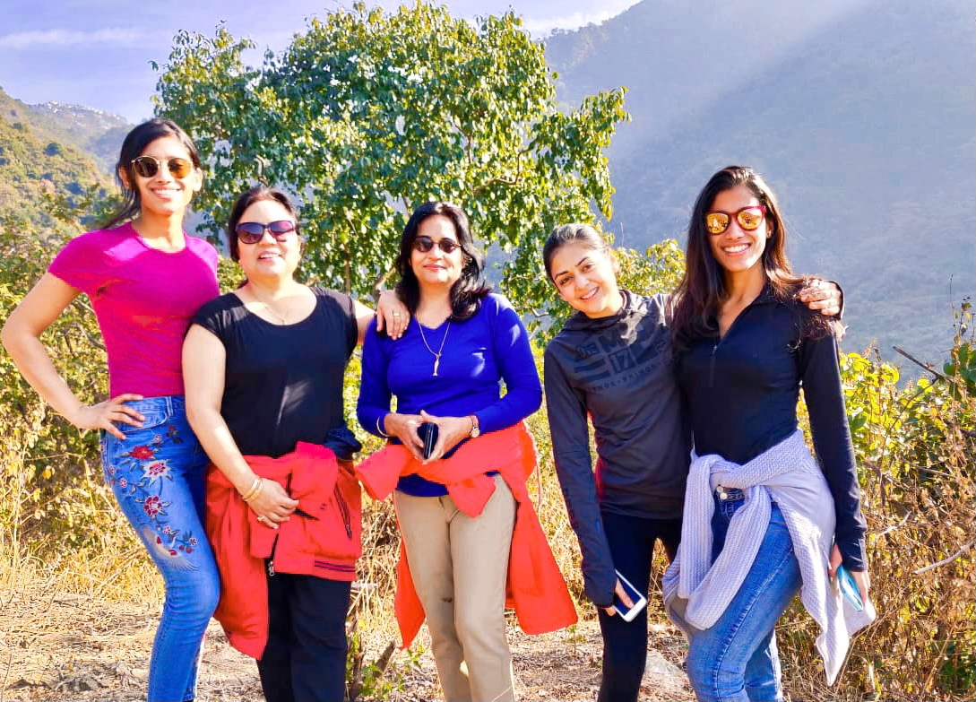 Experience the #wilderness & make new friends!🤗 An outdoor learning project of #NungshiTashiAdventures Pvt. Ltd & WiN (WomenWildNightOut) under #NungshiTashiFoundation's 'Women empowerment through Outdoors program'. While marriage is about vows, we're all about WOW. @OLS_india https://t.co/r6VoIw9002