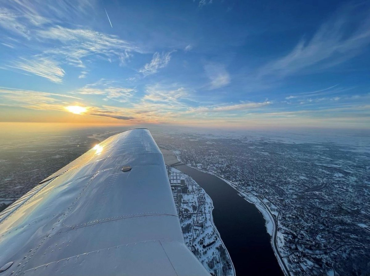 Fly local and support your community, get quick, convenient access to anywhere and see home in a whole new way. It's a win-win-win.  📸: Nick L.   #FlyoverFriday #QuadCityFlier #FlyLocal