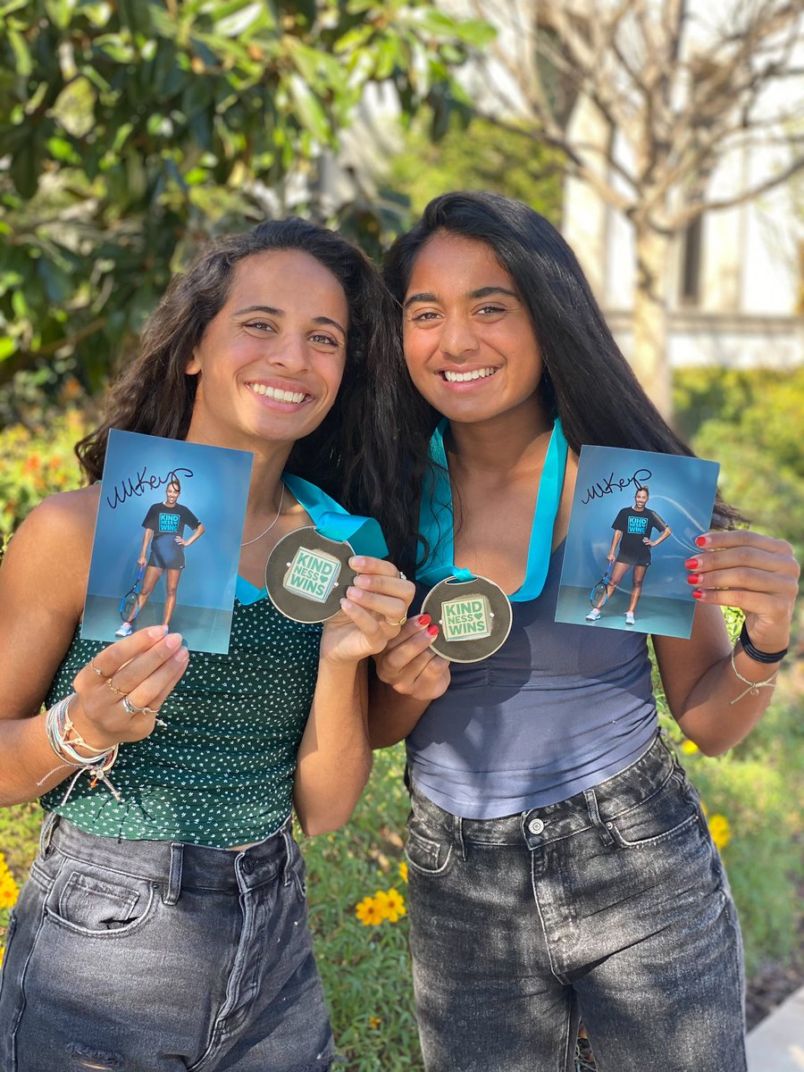 Medal of Kindness recipients Ayanna and Amani Shah 🏅 plus swipe to see all the tennis items #KindnessWins champion @Madison_Keys donated to their organization .   Amazing kindness all around!! ✨