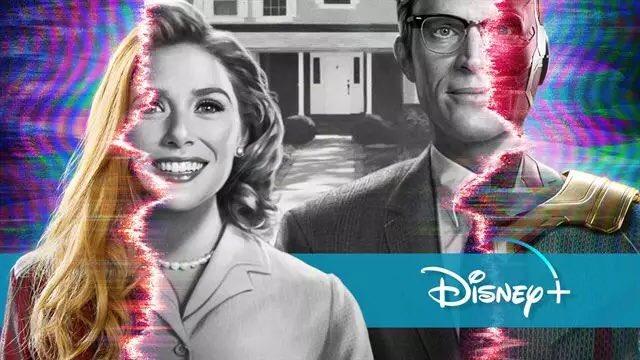 """#WandaVision S1E1-E2: Fotografische Schwarzweißfolgen à la """"Truman Show"""". Gleichzeitig liegt der Fokus nur bei WandaVision, aber Hydra Andeutungen sind allgegenwärtig. Hydra Armbanduhr ⌚️. Hydra Helikopter 🚁. Hydra Radio. Etwas liegt im Argen! @disneyplus @Disney @wandavision"""