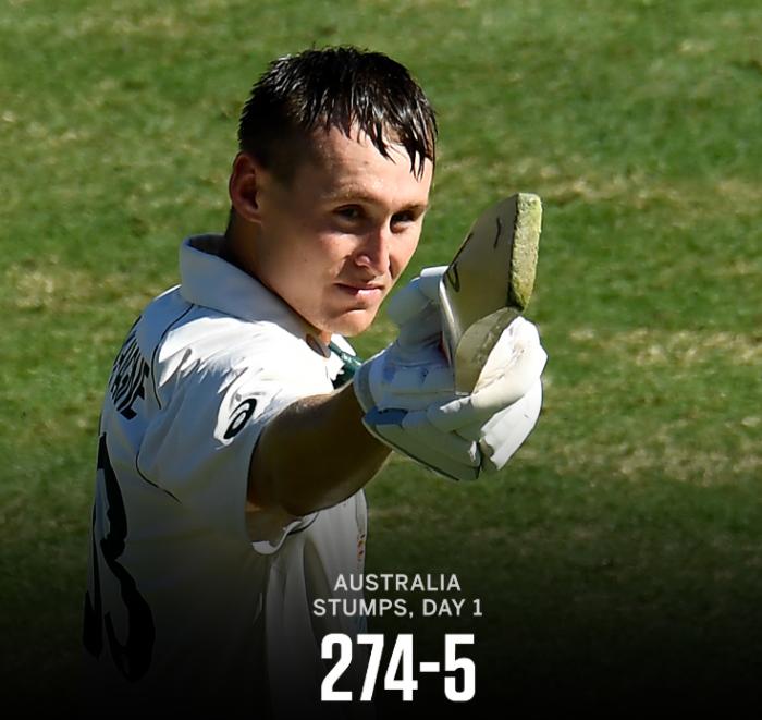 ચોથી ટેસ્ટના પહેલા દિવસના અંતે ઓસ્ટ્રેલિયા 5 વિકેટના નુકસાને 274 રન સ્કોરબોર્ડ પર લગાવ્યાં. ઓસ્ટ્રેલિયા તરફથી લાબુશેને સદી ફટકારી જ્યારે ભારત તરફથી નટરાજને 2 અને સિરાજ,ઠાકુર, સુંદરે 1-1 વિકેટ ઝડપી #INDvsAUS #Cricket #CricketAustralia @TheWorldOfSpor4 @ICC