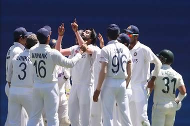 બ્રિસ્બેન ટેસ્ટના પહેલા દિવસે ઓસ્ટ્રેલિયન દર્શકોએ સિરાજને ભમરો કહ્યો, આ પહેલા ડોગ અને મંકી કહ્યો હતો #Cricket #CricketAustralia #INDvsAUS @TheWorldOfSpor4 @ICC @CricketAus