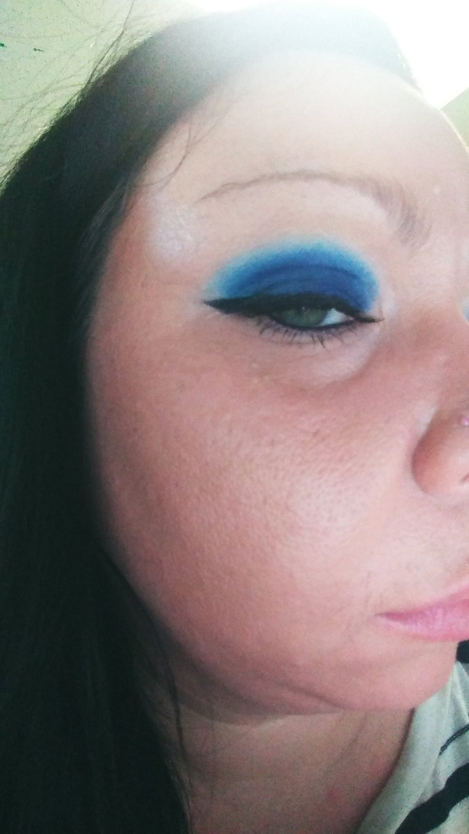 @ColourPopCo. Blue moon palette... Finally able to order it and It's amazing! So easy to blend, the colors are vibrant! #makeup #Blue #workselfie