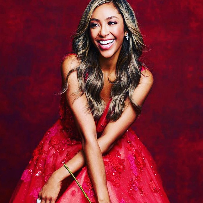 That was so beautiful ❤️ you deserve it 🙌🏼  Verified So happy for you!!!!! 💛✨  tayshia  #thebachelorette 💯💃👩👩🥰💅!!!