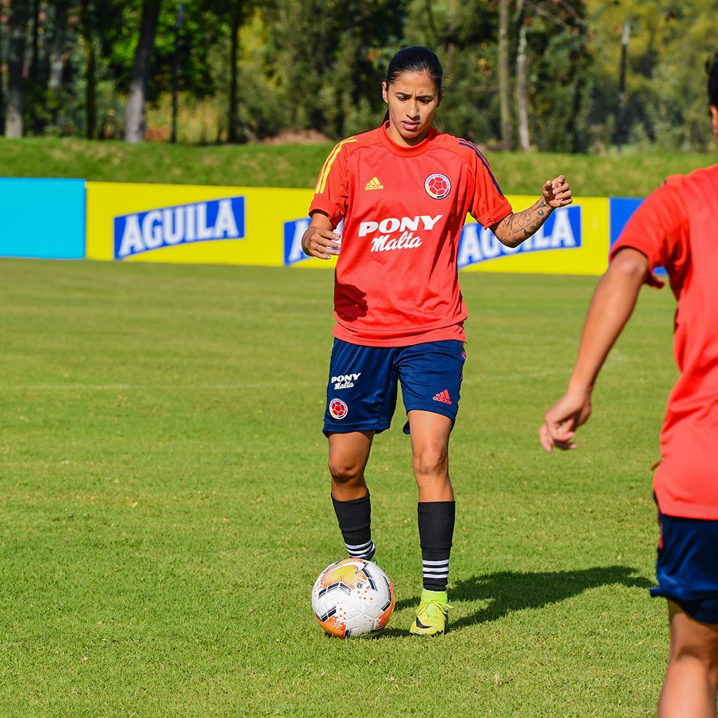 📸 ¡No paramos! 💪  Nuestra Selección Femenina de mayores sigue con su ciclo de preparación ⚽️  #VamosColombia 🇨🇴