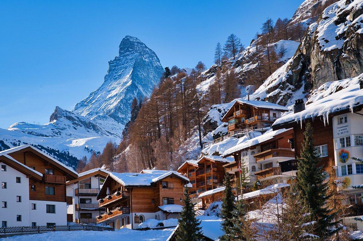 Matterhorn-Zermatt, Switzerland #zermatt #matterhorn #switzerland #mountains #swissalps #zermattmatterhorn #alps #swiss #wallis #nature #zermattswitzerland #schweiz #myswitzerland #snow #travel #mountain #inlovewithswitzerland #ski #visitswitzerland #landscape #matterhornmountain