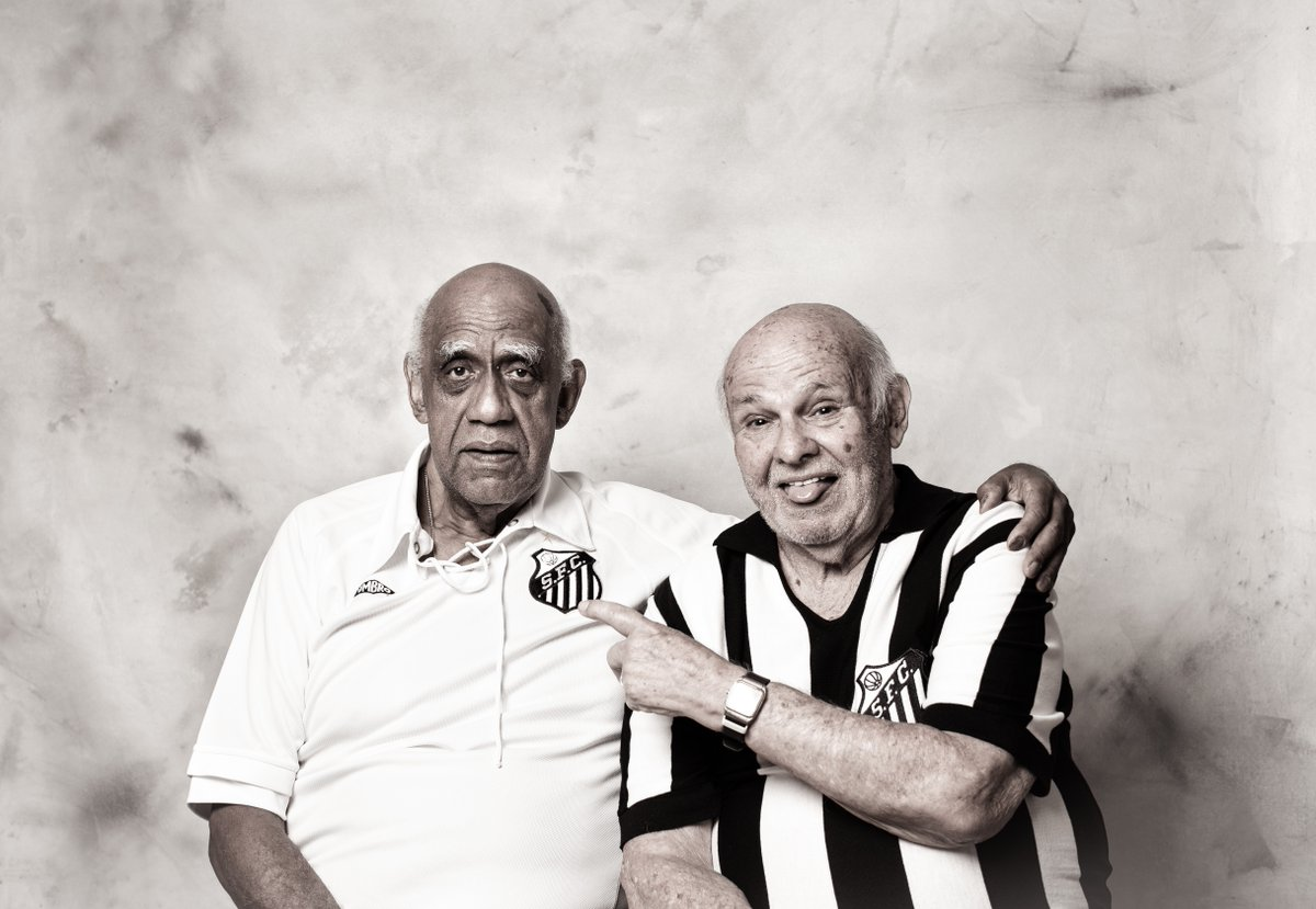 🤍🖤 A side with past and present success!  🐳 The first two-time Brazilian #Libertadores champions, Pepe and Mengálvio are dreaming of seeing the first Brazilian side to lift 4 #Libertadores titles!  🏆🏆🏆 @SantosFC go again for #GloriaEterna!   #OtherworldlyFinal