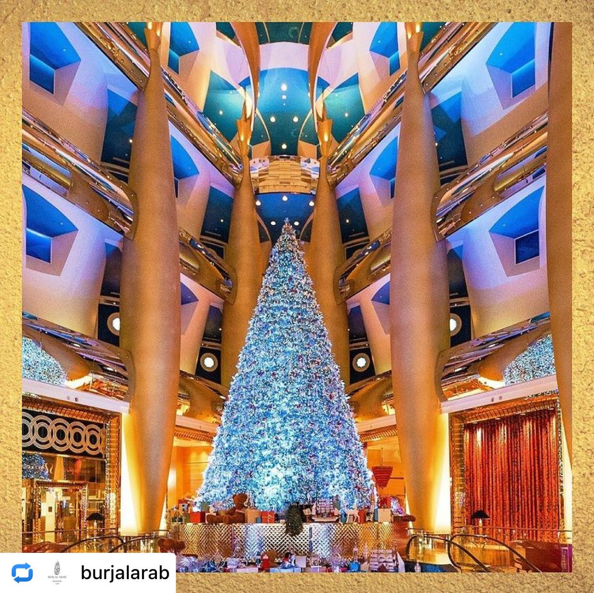 #Repost from @burjalarab by @storytv_app No matter where we find ourselves during this special time of year,  From our family to yours, we wish you a joyous holiday season filled with love, warmth and unending hope.  #HappyHolidays #YourFestiveMoment #BurjAlArab