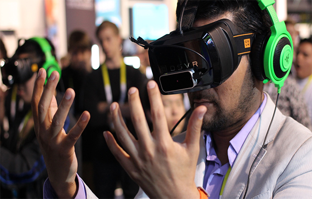 Waiting for the Future of Virtual Reality:   #Future #VirtualReality #VR #Tech #FridayMorning #FridayFeeling