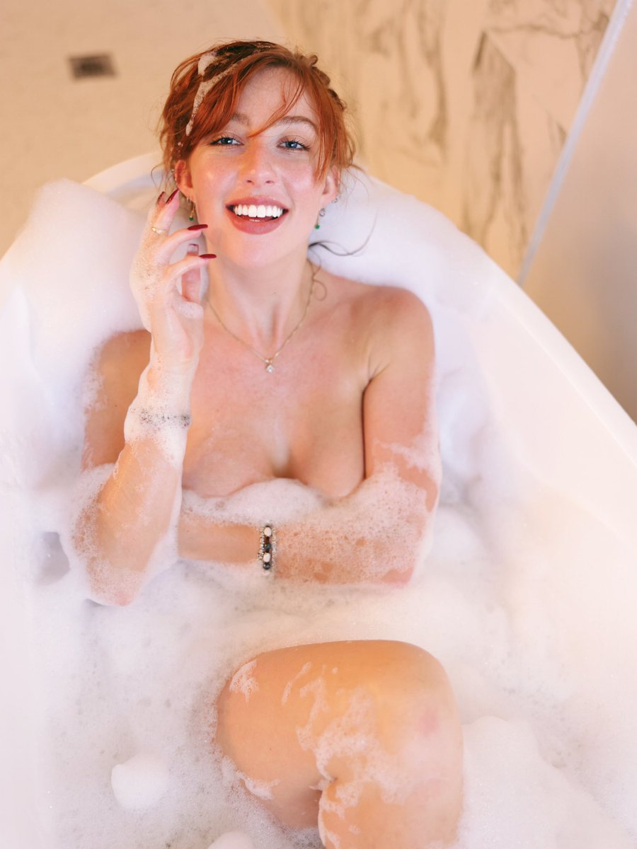#bathtime #redhead #smile with @sebby_raw