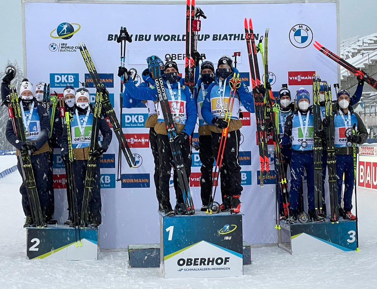#Sportinvernali: #CoppadelMondo di #Biathlon. Oberhof (Ger): Italia di BRONZO nella staffetta maschile. Grande terza frazione 4x7,5 km dell'atleta delle #FiammeGialle Tommaso Giacomel. #NoiconVoi #FiammeGialle #TommasoGiacomel https://t.co/HcX2TlIGVN