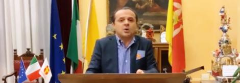 """Covid 19 Sicilia, l'affondo di Cateno De Luca """"Denuncio Razza a Musumeci per diffusione pandemia"""" - https://t.co/JiIRhxKiRS #blogsicilianotizie"""