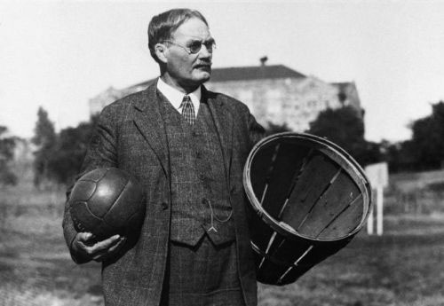 Ready for a P.E. history lesson? 🏀🏀🏀   #OTD in 1892, James Naismith unveiled the rules of what was then a new sport – the game of basketball!   @LibraryCongress found the only known recording of Naismith. Read about it or listen to the recording: