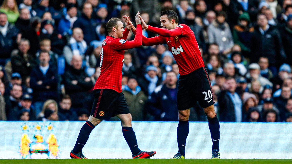 Congrats on your amazing career my friend @WayneRooney! Thank you for the great moments both on and off the pitch. I'll forever remember THAT assist and much more 😉. Wishing you all the best with your next step and I'm sure you'll be a fantastic manager 👊