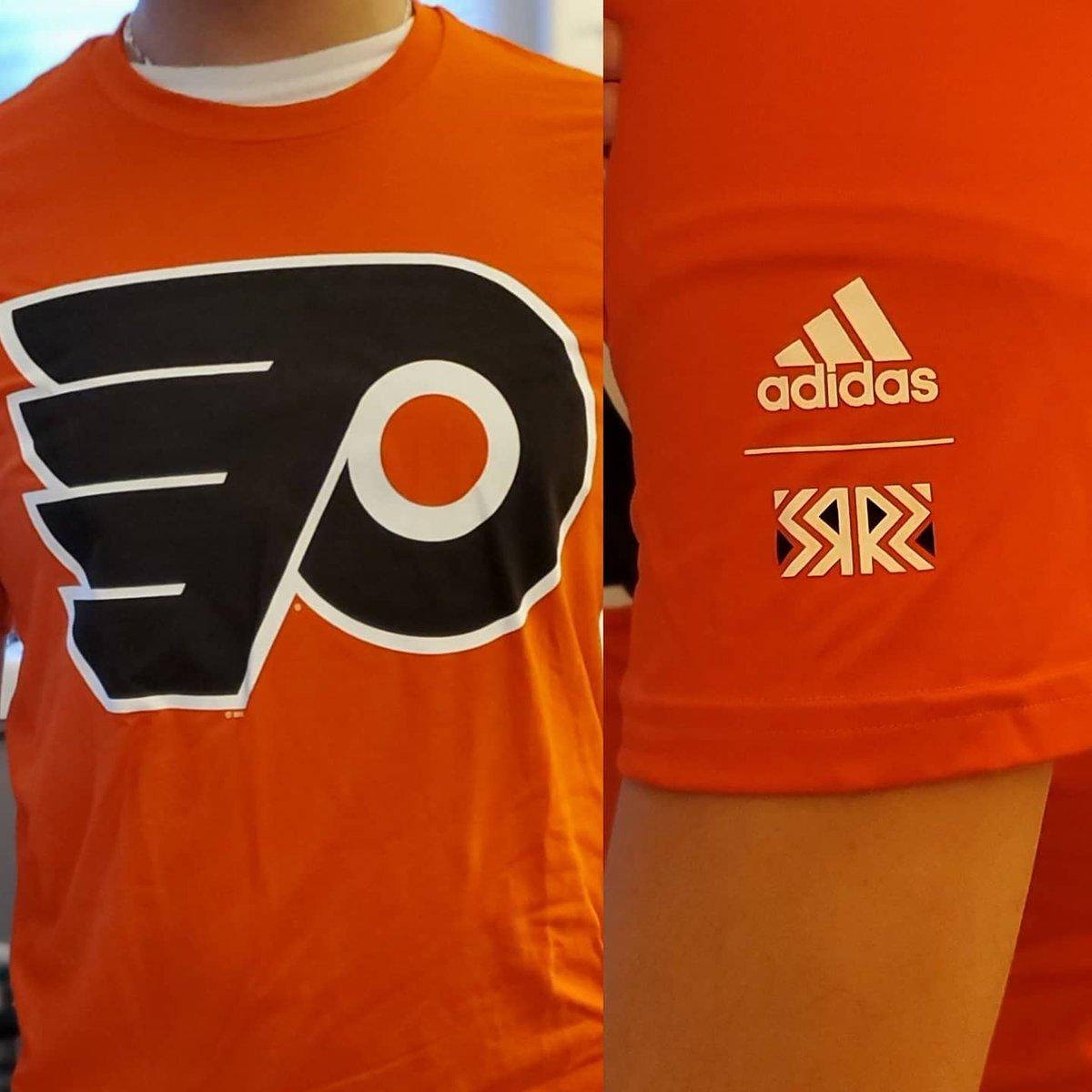 🚨Reverse Retro Giveaway🚨 We're giving away SIX @NHLFlyers RR moisture-wicking blend T-Shirts. To enter, follow & retweet. Bonus entries for following each of the following on Twitter/Instagram: @SnowTheGoalie @AntSanPhilly @JoyOnBroad  Facebook:  #Flyers