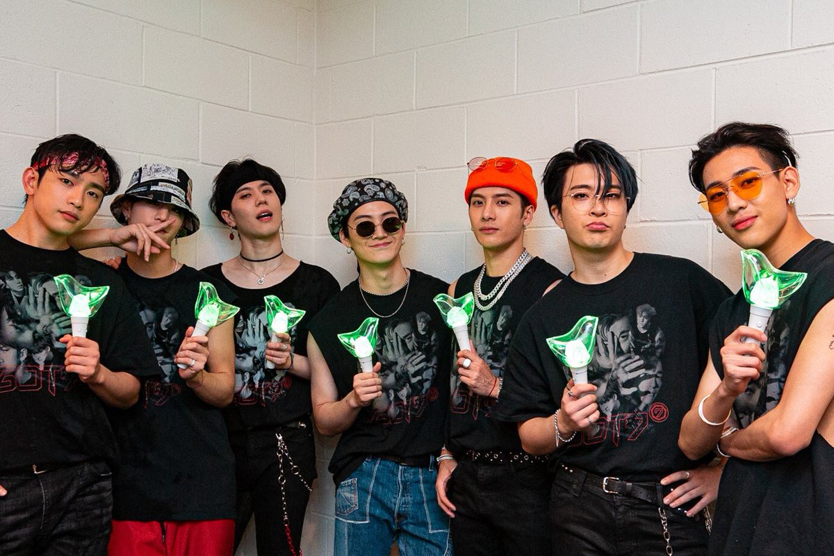 In 7 years, you guys proved to everyone that dreams can turn into reality. Each of you have different stories but you guys fit in one book. Thank you for being the nest for ahgases, YOU GUYS ARE OUR HOME.   #7YearsWithGOT7 #갓세븐포에버_아가새는어디안가