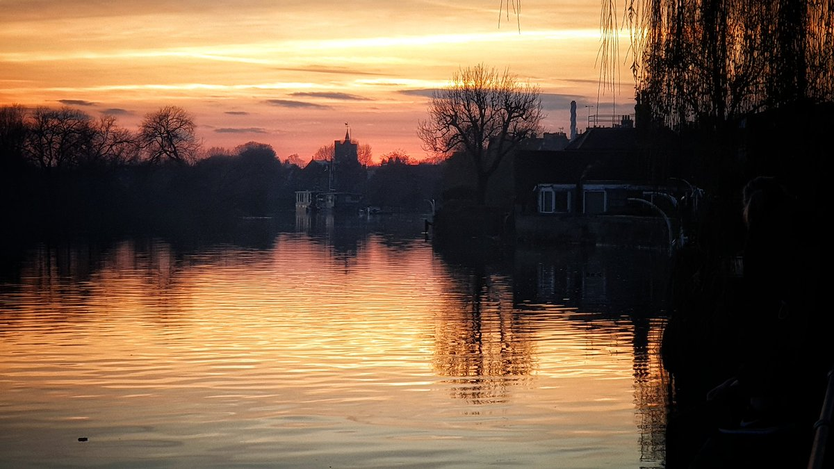 A Winter Evening in Chiswick