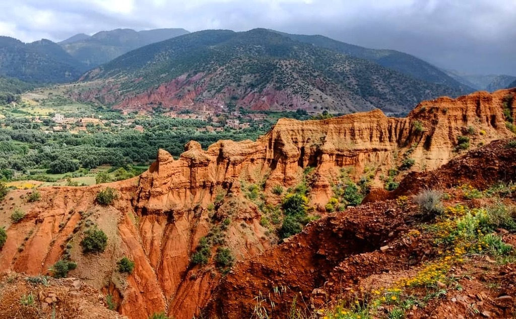 TERRE D'AMANAR  #morocco #maroc #canyon #mountains #beautiful #paradise #landscape #clouds #nature #TagsForLikes #instagood #picoftheday #photooftheday #photography #photodocumentary #photographer #all_shots #instalike #bestoftheday #me #tbt #instadaily …