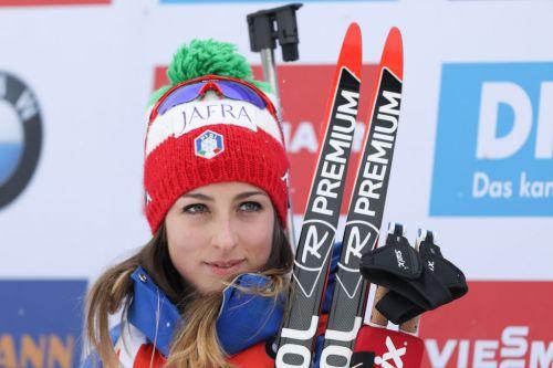 """L'Italia va sul """"sicuro"""" nella Staffetta femminile di Oberhof: nessuna novità nella formazione azzurra #biathlon @AleBergomi #15Gennaio #biathlonworldcup https://t.co/rTQ1r82VGk https://t.co/PYb5F6Z8ls"""