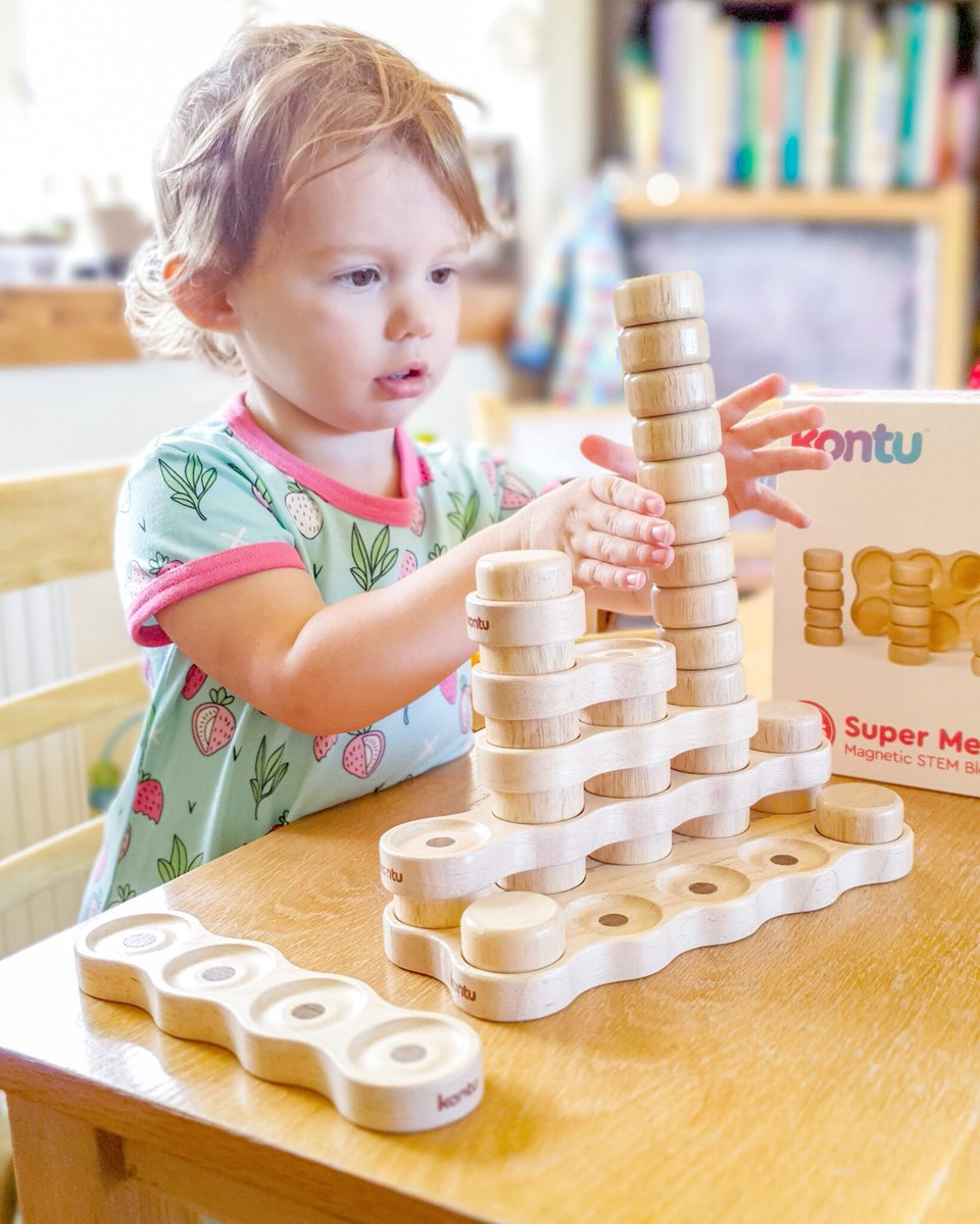 6 ways to play with Kontu wooden magnetic blocks. Supporting #homelearning #maths and #stem through play   #homeschooling2021 #learnthroughplay #lockdownkids