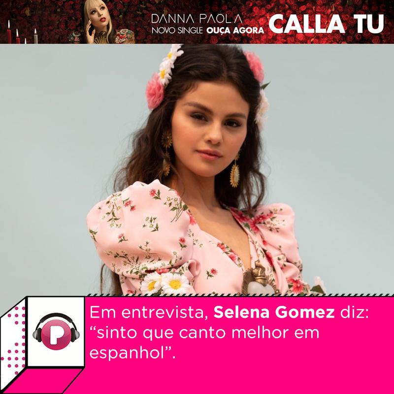 """. @selenagomez está muito animada com o lançamento do single em espanhol """"De Una Vez"""", o primeiro de seu projeto neste idioma. Ela deu uma entrevista e revelou mais detalhes sobre o projeto. Vem assistir e saber de tudo aqui:"""