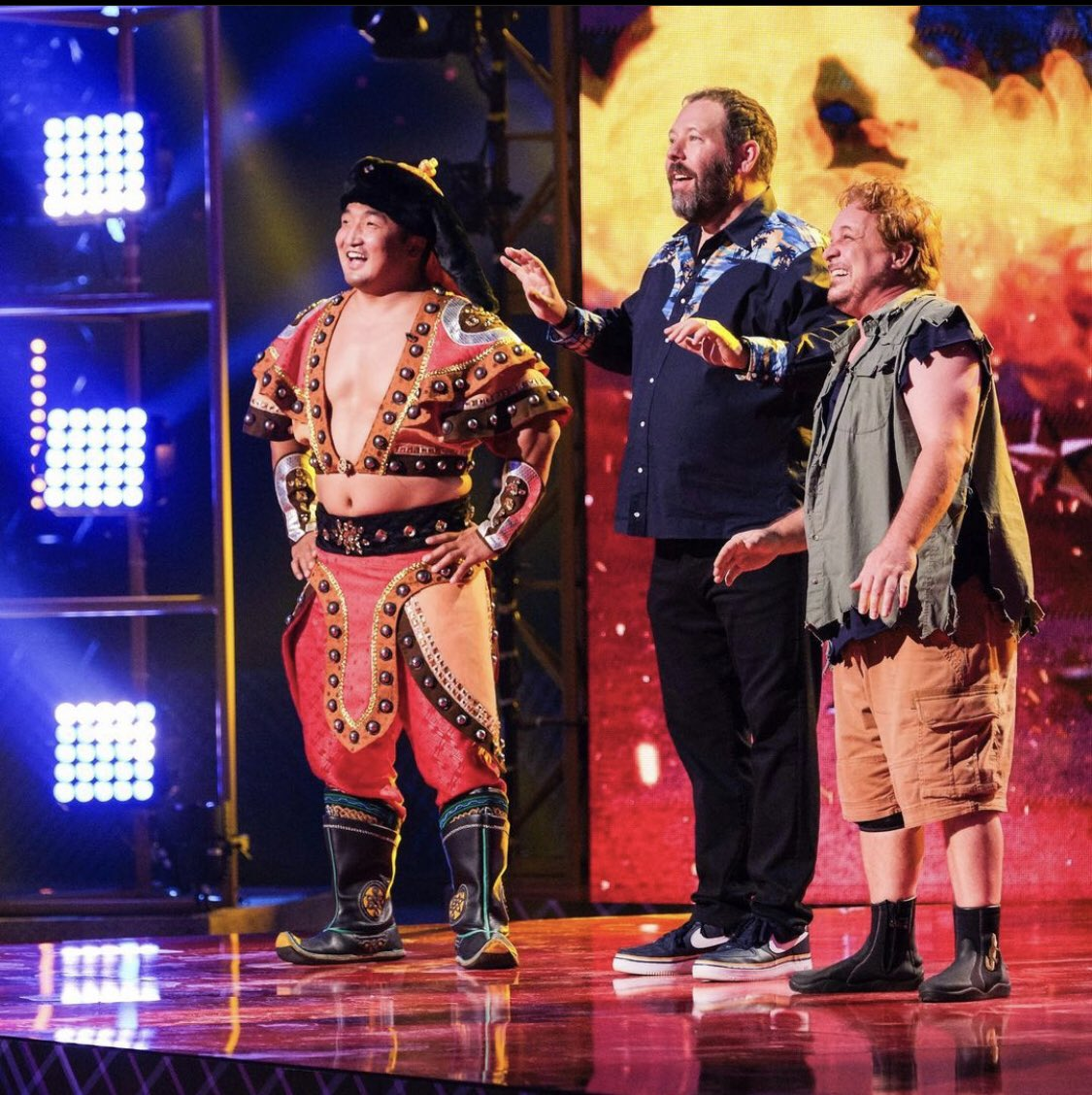 @bertkreischer Bobby Lee and Joey Diaz's appearance was an unexpected twist   #GoBigShow