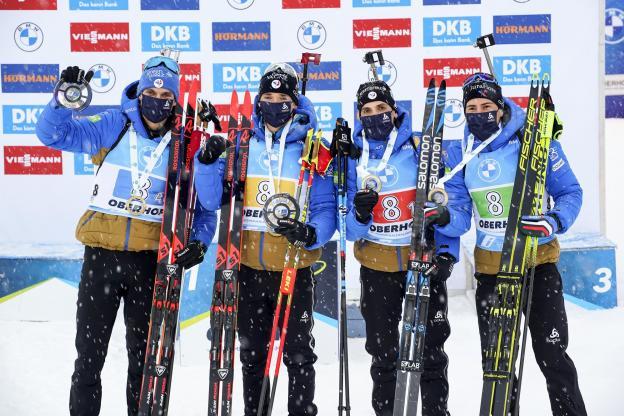 Biathlon: Bravo à Simon Desthieux, Quentin Fillon Maillet, Fabien Claude et Émilien Jacquelin qui se sont montrés dignes de leur statut de champion du monde en remportant ce vendredi le relais d'Oberhof. https://t.co/M40e7uMgN9 https://t.co/OaC9D6fhPO
